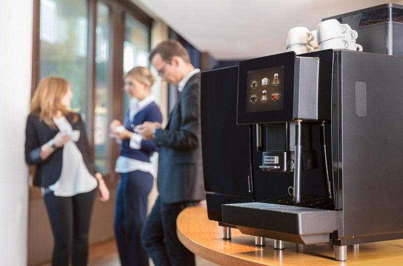 Automatic coffee machines for the workplace, office workers
